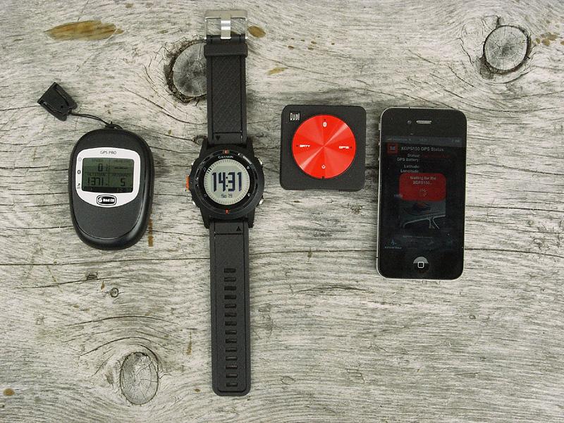 V.l.n.R.: BadElf Pro, Garmin Fenix und Dual XGPS 150 sowie das ipone G4